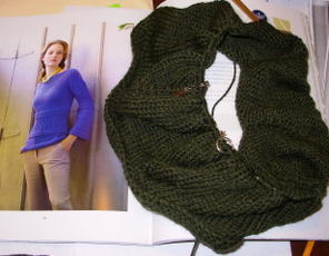 Boatneck_bluebell_sweater_may_2007_