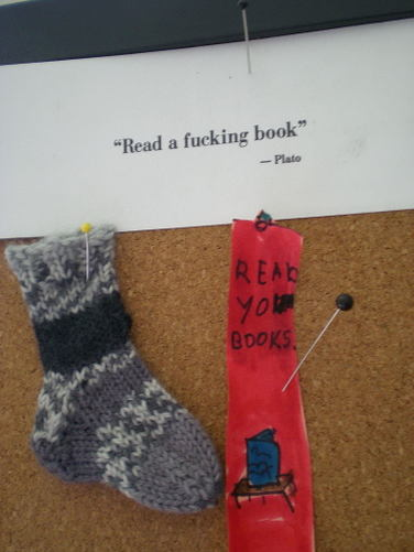 Wee_tiny_sock_with_bookmarks_2008_5
