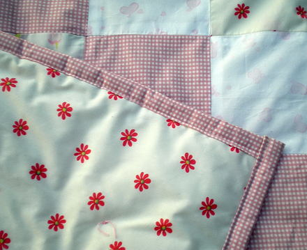 Baby_quiltwith_back_june_2008_0001